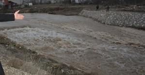 Ceyhan Taştı Araziler Su Altında Kaldı