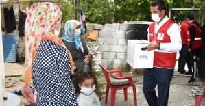 Türkoğlu'nda Ramazan Kolisi Dağıtıldı