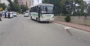 Otobüsle Çarpışan Motosikletli Öldü