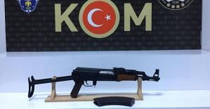 Silah Tacirleri Tutuklandı