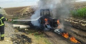 Kahramanmaraş'ta Traktör Yandı
