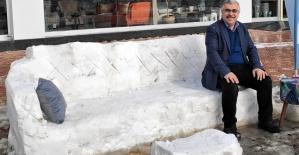 Kardan Kanepe Yaptılar