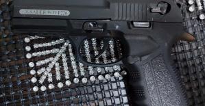 Silah Fotoğrafı Paylaştı Gözaltına Alındı