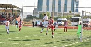 Türkoğlu Belediyespor 2-0 Yenildi